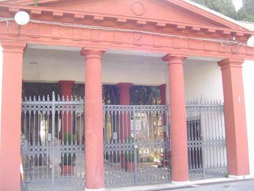 Sospeso fino al 31 gennaio il servizio di accompagnamento all'interno dei cimiteri