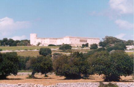 Regolamento anti Covid 19 anche per le visite al Castello di Donnafugata, si spera non vada a finire come al porto dopo 20 pagine di ordinanza
