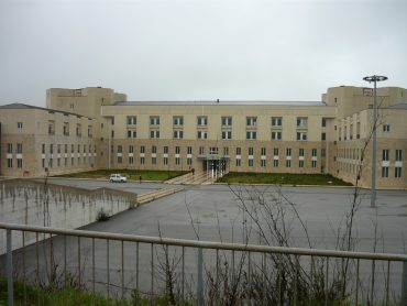 La situazione per il nuovo ospedale volge al paradosso