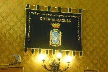 Comune di Ragusa: conferenza dei capigruppo senza numero legale, opposizioni inesistenti