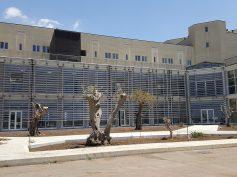 Inizia il carosello per l'apertura del nuovo ospedale: apre le danze Maria Malfa