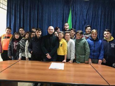 """I percorsi formativi dell'Istituto paritario secondario """"Gesualdo Bufalino"""" di Comiso"""