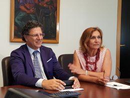 Il dr. Ficarra, e il suo Ufficio Stampa, maestri di comunicazione e di tenuta dei rapporti istituzionali