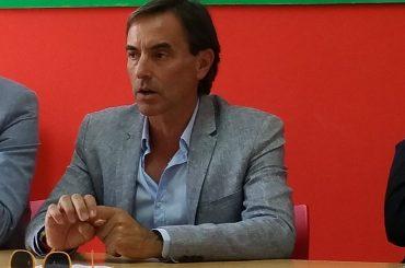 L'unico candidato sicuro dei fatti suoi e Alessandra Sgarlata lanciano l'allarme sulla differenziata