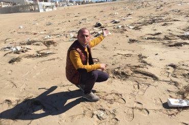 A Scoglitti ancora spiagge sporche!!