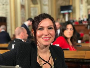 Stefania Campo esulta per il blocco delle autorizzazioni all'ACIF di contrada Cuturi, a Scicli