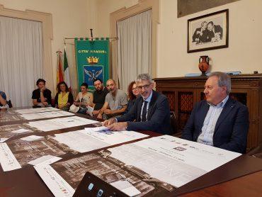 Il Sindaco Peppe Cassì 'apre' con la presentazione, in conferenza stampa, del Ragusa Foto Festival