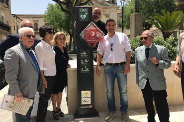 Una nuova postazione DAE in piazza Cappuccini