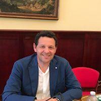 Si insedia il nuovo Consiglio comunale di Comiso, l'intervento dell'ex Presidente del Consiglio Bellassai