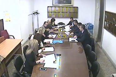 Ormai in Commissione siamo alle sveltine: 7 minuti per una seduta