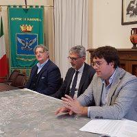 Il Sindaco e l'assessore Giuffrida hanno messo a punto un piano per riqualificare la rete stradale urbana