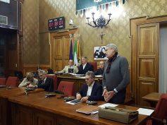 Epica e appassionata difesa del nuovo ospedale da parte dell'assessore Rabito in Consiglio Comunale