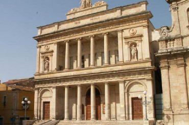Teatro Vittoria Colonna: l'ennesimo scempio della classe politica e dirigente del territorio
