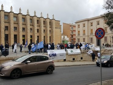 Ragusa-Catania, in pochi quelli che la vogliono