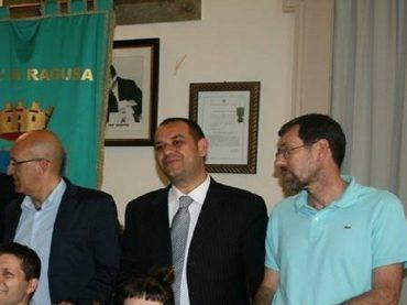 Per gli ex assessori della giunta Piccitto, Conti, Brafa e Dimartino, i 5 Stelle hanno provocato, a Ragusa, un disastro finanziario