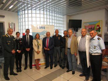 Le massime autorità, civili e militari della provincia, promuovono l'Avis di Ragusa