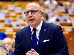 """ARMAO: Pubblicato il regolamento per il credito d'imposta alle startup """"Resto in Sicilia"""""""