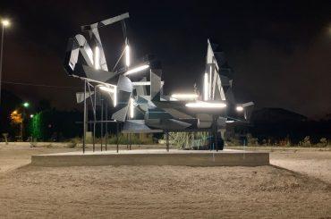 Completata l'installazione artistica nella rotatoria di Bruscè