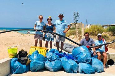Plastica SI', plastica NO, i politici lavorano per limitare l'uso e smaltire i rifiuti, gli imprenditori di settore resistono