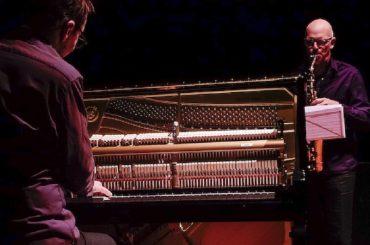 Dopo i successi dell'estate iblea, Ciccio Barone ci porta anche la magica ed elegante atmosfera del jazz di livello