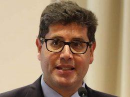 """Il dott. Stefano Cordio nuovo primario di oncologia dell'ospedale """"Maria Paternò Arezzo"""""""