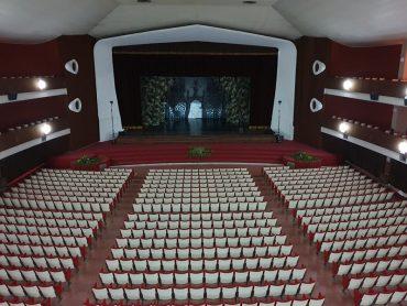 Riapre per una sera il cinema teatro Duemila e la gente ne sente la mancanza