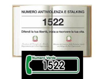 1522, il numero verde gratuito per le donne vittime di violenza e stalking