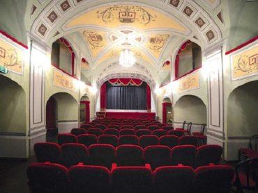 """""""Il Teatro esce fuori dal Teatro""""… e va a casa della gente"""