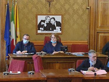 La vicepresidente Raniolo presiede la seduta del Consiglio Comunale ed esplodono le tensioni della maggioranza