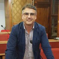 Instancabile Firrincieli, dalla sanità all'urbanistica per finire alle sterpaglie sulle strade extraurbane