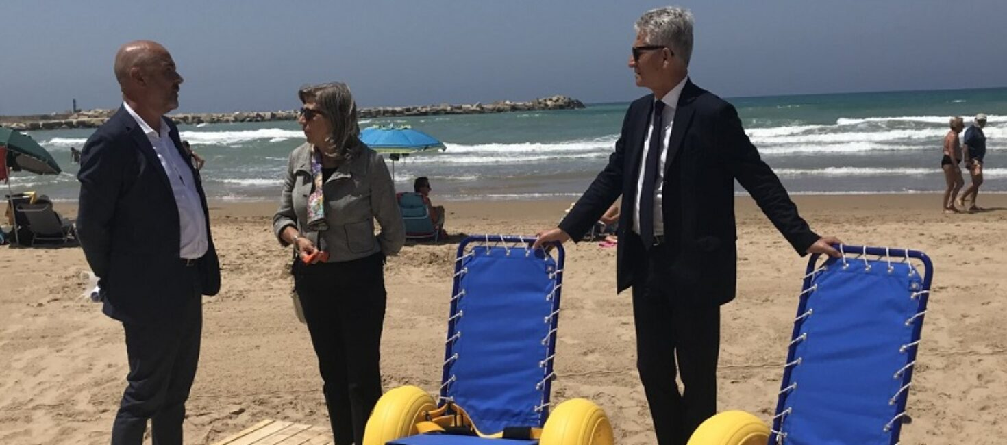 """""""Mare senza frontiere 2.0"""", accessibilità a mare, per tutti"""