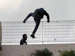 L'hot-spot di Pozzallo, un colabrodo, altri venti migranti in fuga. L'amarezza del commissario della Lega di Ragusa, Massimo Iannucci