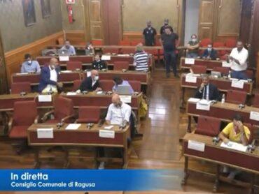 Consiglio comunale, viene fuori, puntualmente, lo scarso livello della maggioranza consiliare e l'inconsistenza delle opposizioni