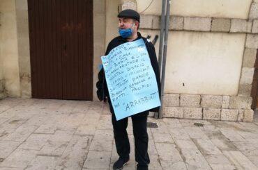No alla disobbedienza civile e alle proteste populiste, meglio 'pacifici…ma arrabbiati'