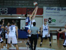 La Virtus Kleb Ragusa cede nel finale contro il Bologna Basket 2016