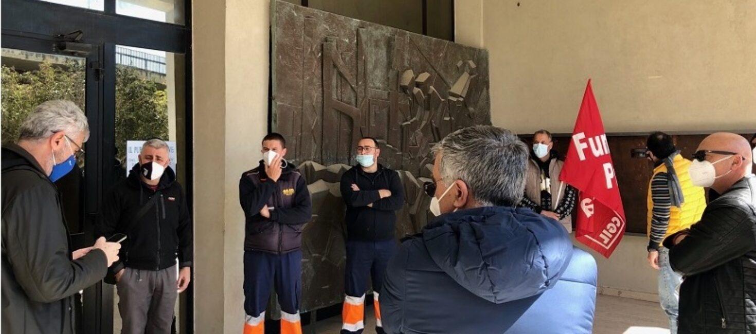Il Presidente della SRR, il Sindaco Cassì, ha incontrato i dipendenti dell'impianto TMB di Cava dei Modicani