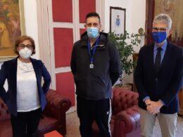 Il campione ragusano di fossa olimpica Giuseppe Perri ricevuto al Comune dal sindaco Cassì