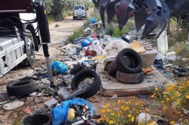 Rimozione dei rifiuti ingombranti in territorio di Vittoria
