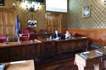 Conferenza stampa del capogruppo 5 Stelle sul litorale occidentale della costa iblea, emblema dell'indifferenza dell'amministrazione
