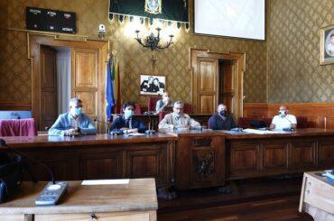 In conferenza stampa il volto gradevole dell'amministrazione Cassì