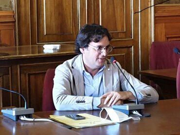 Giuffrida: interventi per ripristinare la potabilità dell'acqua in corso Mazzini