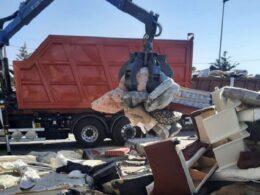 Rimosse oltre 15 tonnellate di rifiuti ingombranti abbandonati lungo le strade iblee